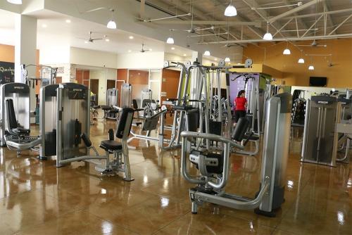 Anytime Fitness Valle Real Guadalajara (7)